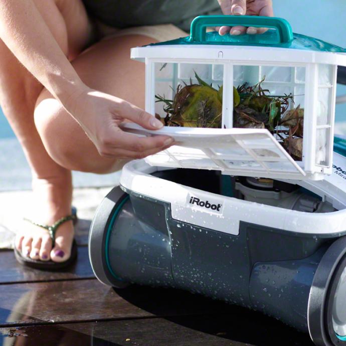iRobot Mirra 530 — чистый бассейн