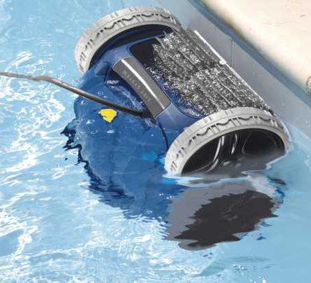 Уборка бассейнов